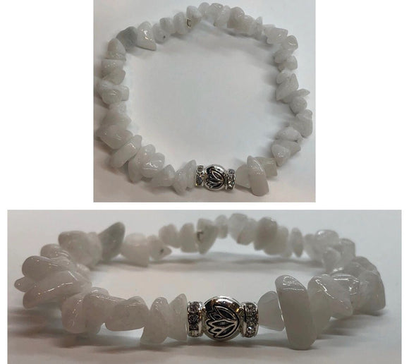 White Jade Beaded Chips Crystal Bracelet with Diamanté Lotus Centrepiece