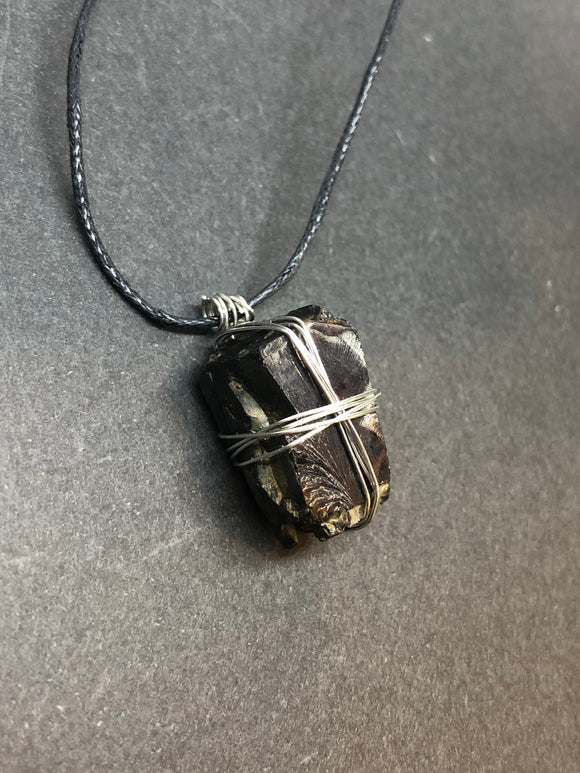 Shungite Crystal Wired Necklace