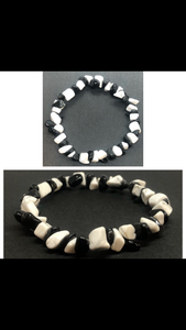 Black Obsidian Crystal & Howlite Crystal Chips Beaded Bracelet