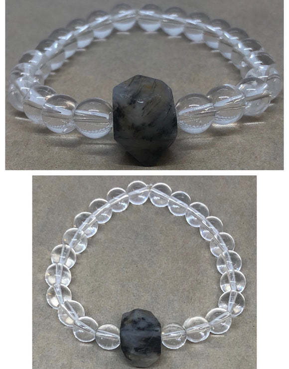 Clear Quartz Crystal Beaded Bracelet with Labradorite Centrepiece