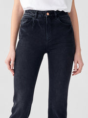 DL1961 Patti Straight High Rise Jeans in Corvus