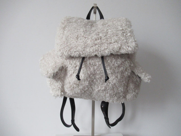 Urbancode Faux Shearling Kaelyn Backpack in Vanilla