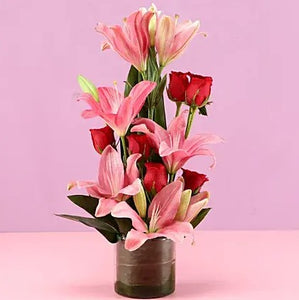 Pretty Pink Vase - Send Flowers Online