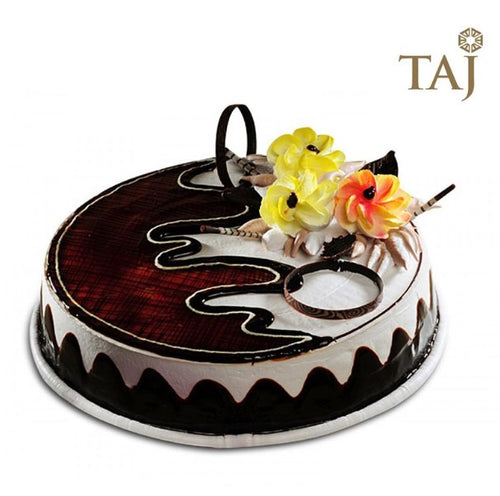 Chocolate Cake (Taj / 5 Star)