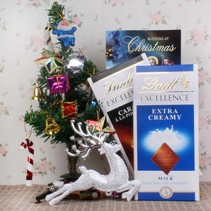 LINDT CHOCOLATE WITH CHRISTMAS TREE GIFT