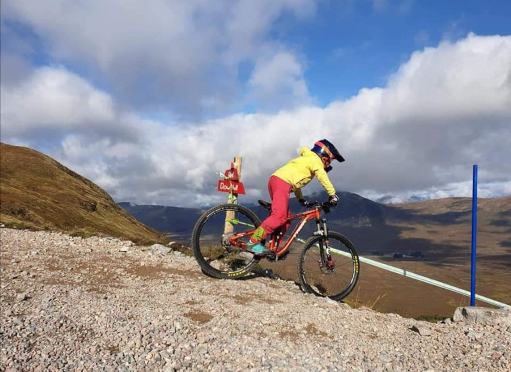 Meet Katy McGowan.. The MTB Mad 10 Year Old