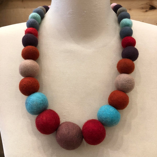 Hamro Village Felted Step Necklace
