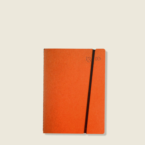 Orange jotter|Quaderno arancio