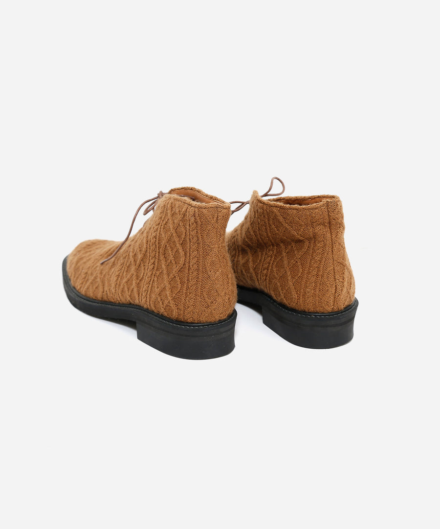 ONE-OFF KNIT SHOES
