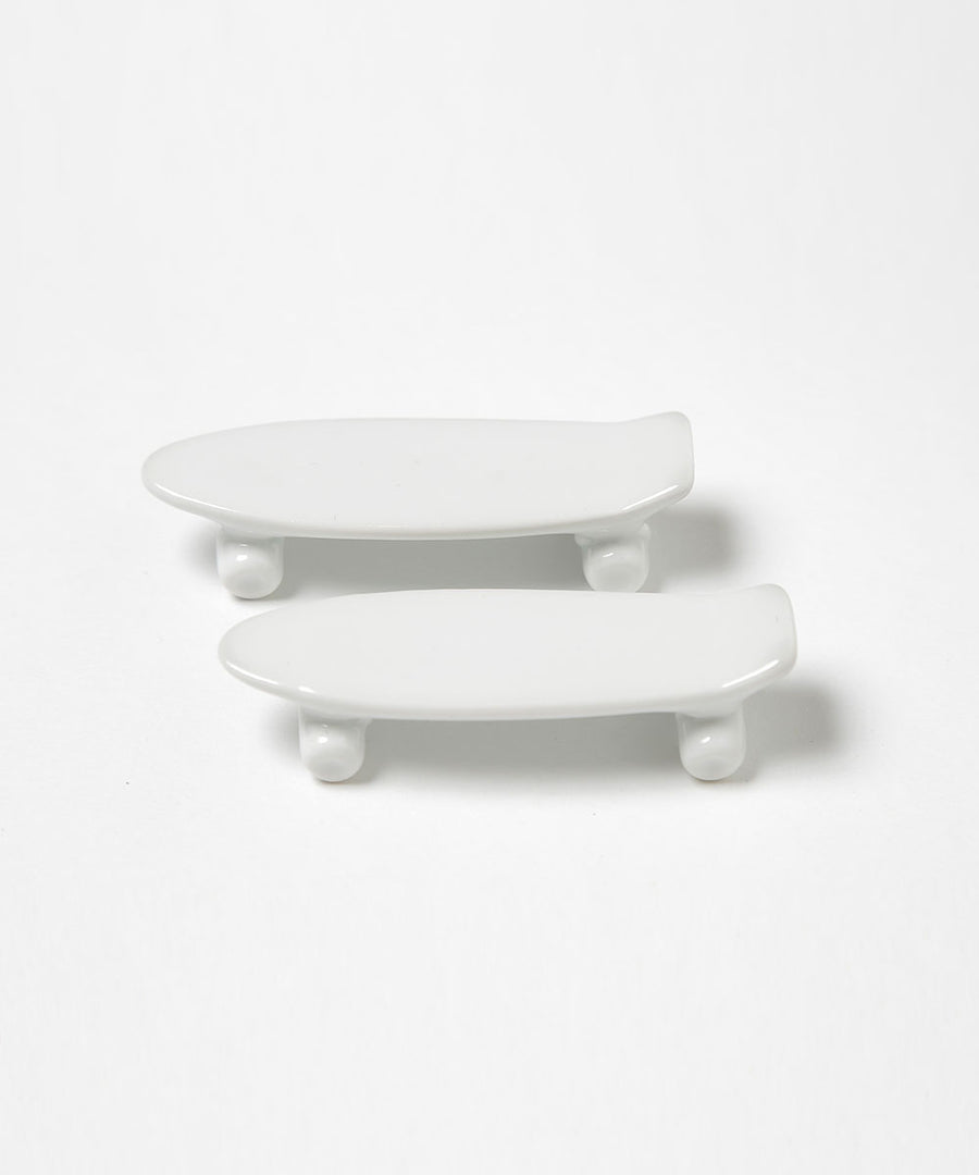 skate board chopstick rest