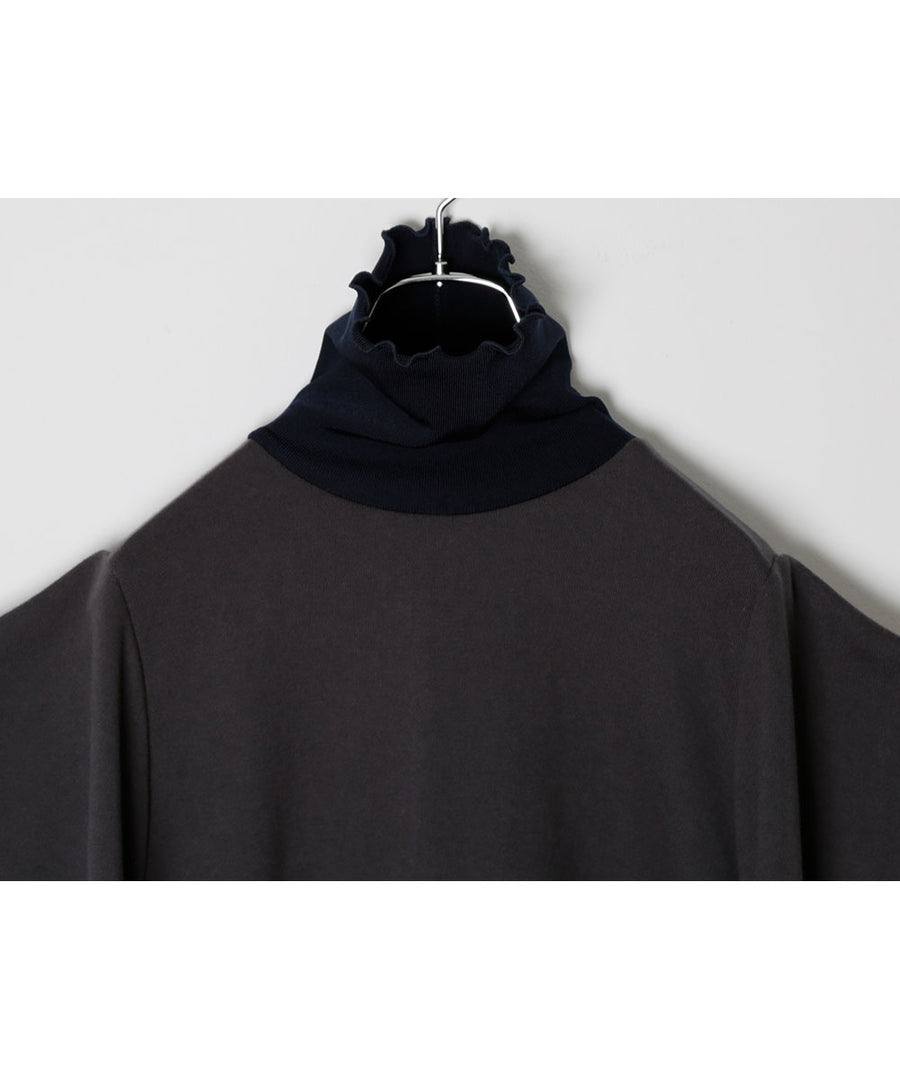 HIGHT-NECK SWEAT