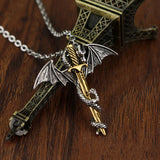 un dragon sur un collier