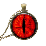 collier de l oeil du dragon rouge