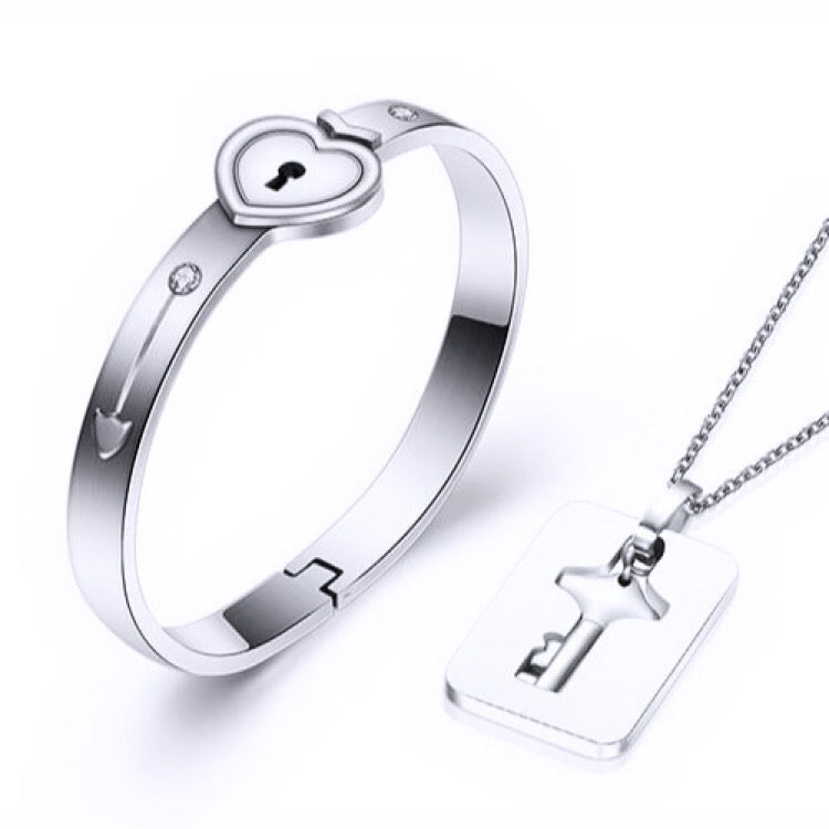 Couple Love Lock Necklace and Bracelet Set