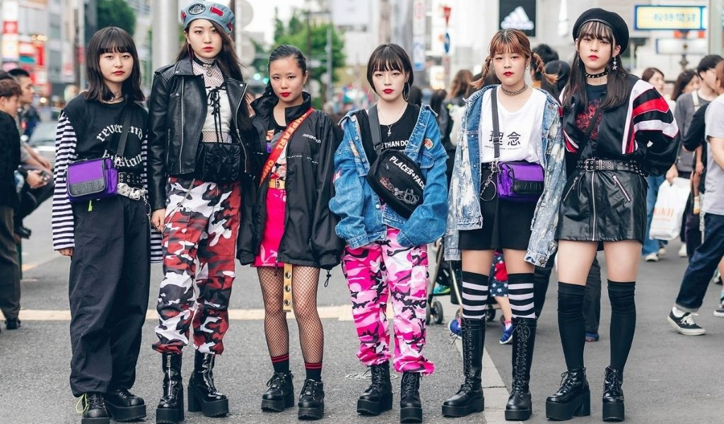 Young japanese people in the harajuku district