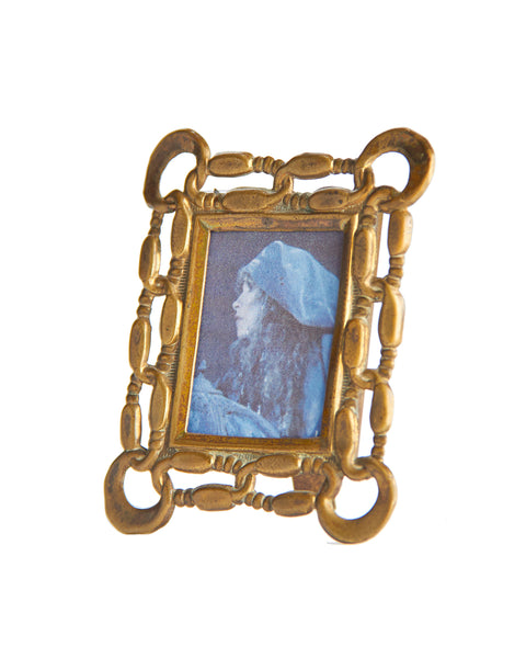 Small Chain Link Portrait Frame Brass