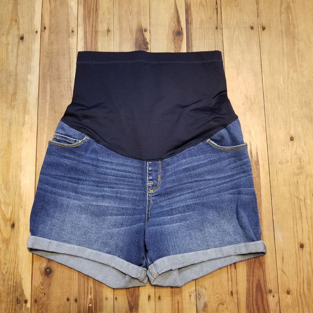Liz Lange Maternity Size Small Shorts