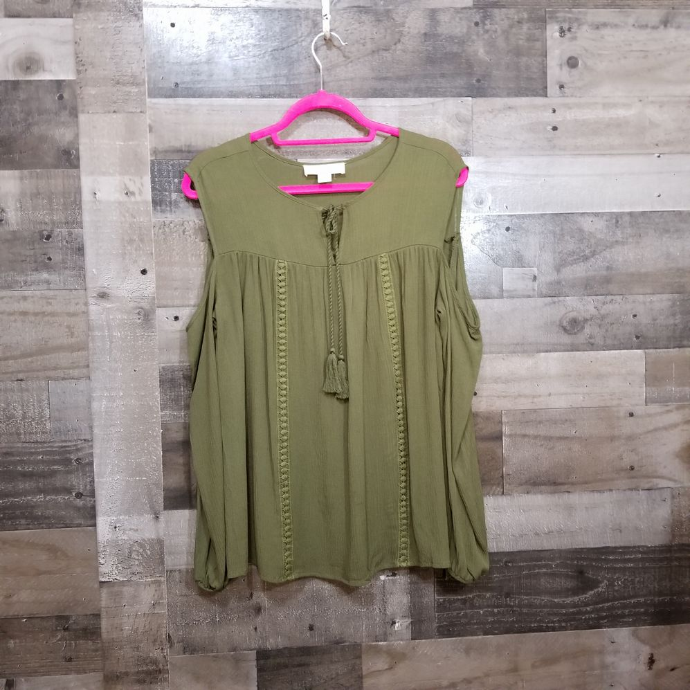 One Urban Day Size Medium Blouse