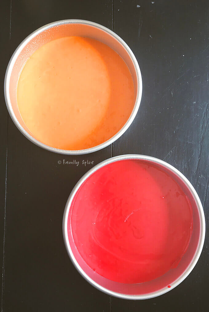2 orange and red colors for rainbow cookie
