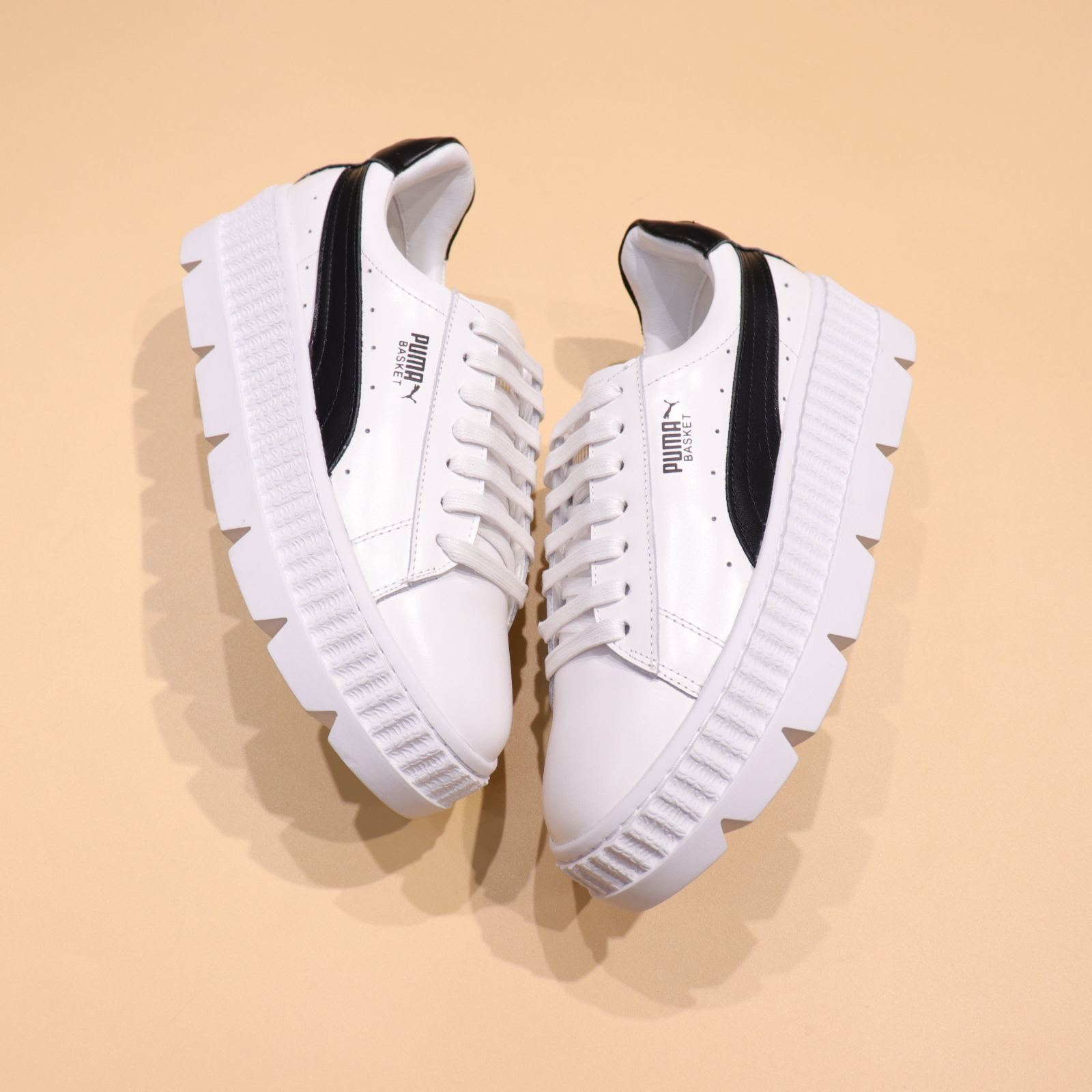 separation shoes e0741 1a416 Rihanna x Puma Fenty Cleated Creeper 'White-Black'