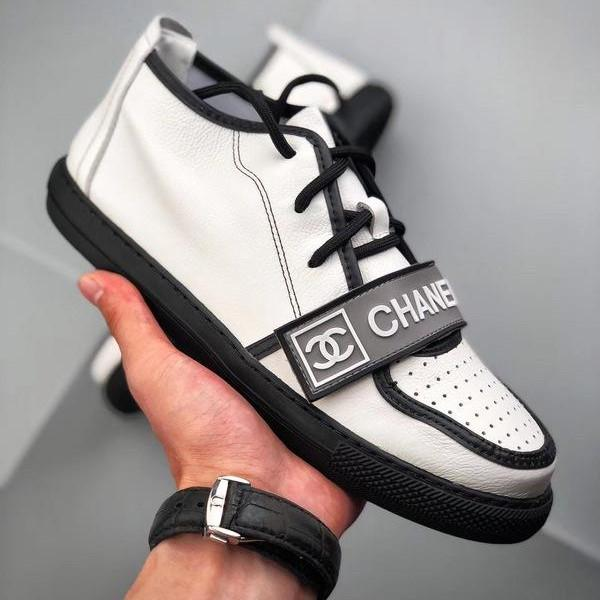 Chanel 2018ss Vintage Sneakers White