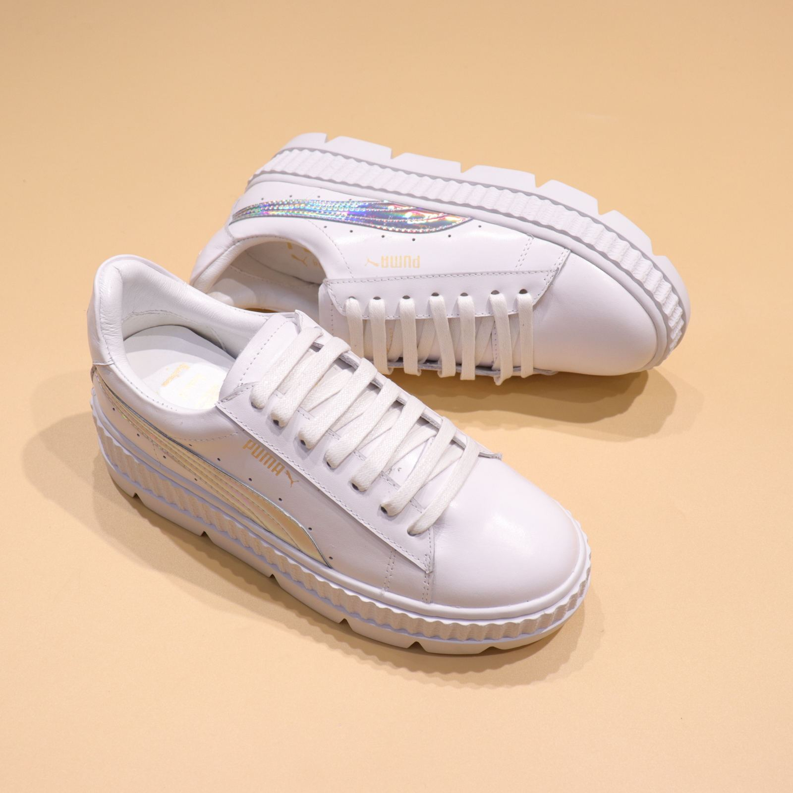 premium selection 1a1a0 c0fa0 Rihanna x Puma Fenty Cleated Creeper 'White-Silver'