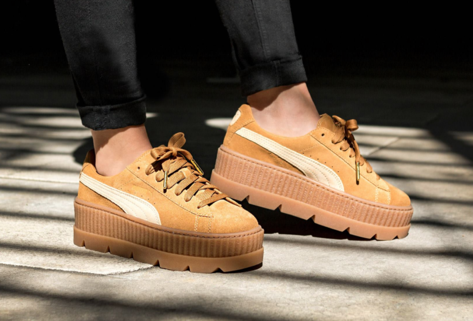 online store 61e7c 75d7b Rihanna x Puma Fenty Cleated Creeper 'Golden Brown-Lark'