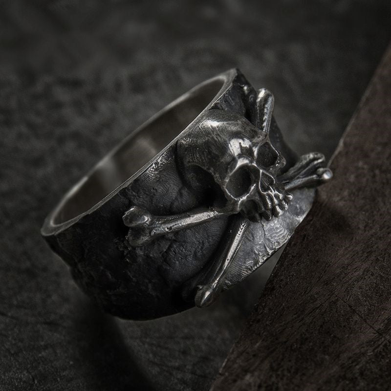 3d Skull Crossbones Ring Spinsyde