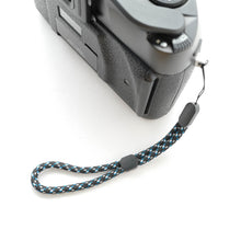 Load image into Gallery viewer, Paracord Camera Wrist Strap (Blue)
