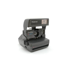 Load image into Gallery viewer, Polaroid 636 CloseUp Instant 600 Film Camera