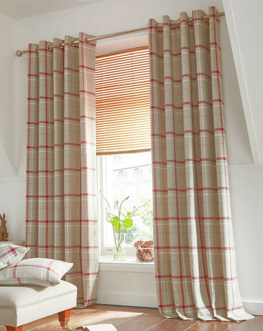 Hudson Red Multi Checked Tartan Ring Top Pair Of Lined Curtains Highland Design - Kellyuk