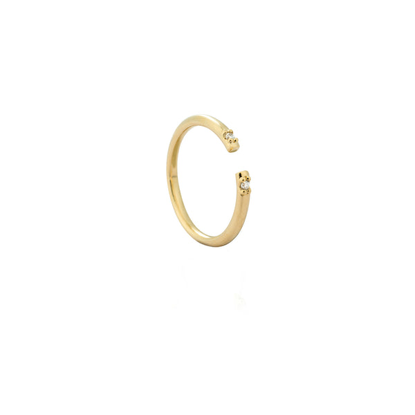 Caught in the middle Single Diamante ring in gold
