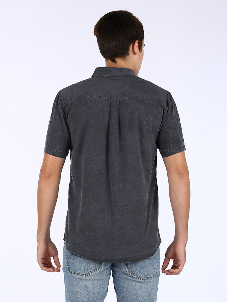 Chill Out Shirt - Black