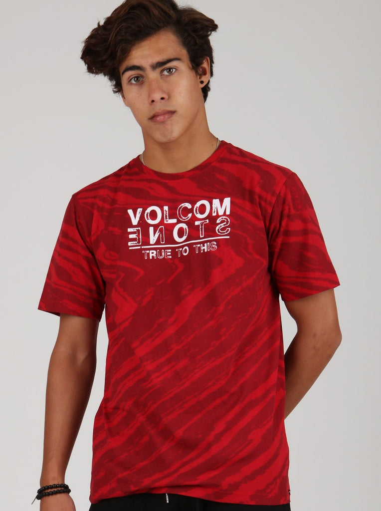 Wavy Tee - Engine Red