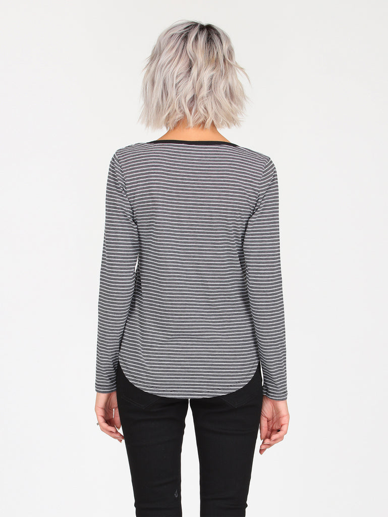 Line To Line Long Sleeve - Stripe