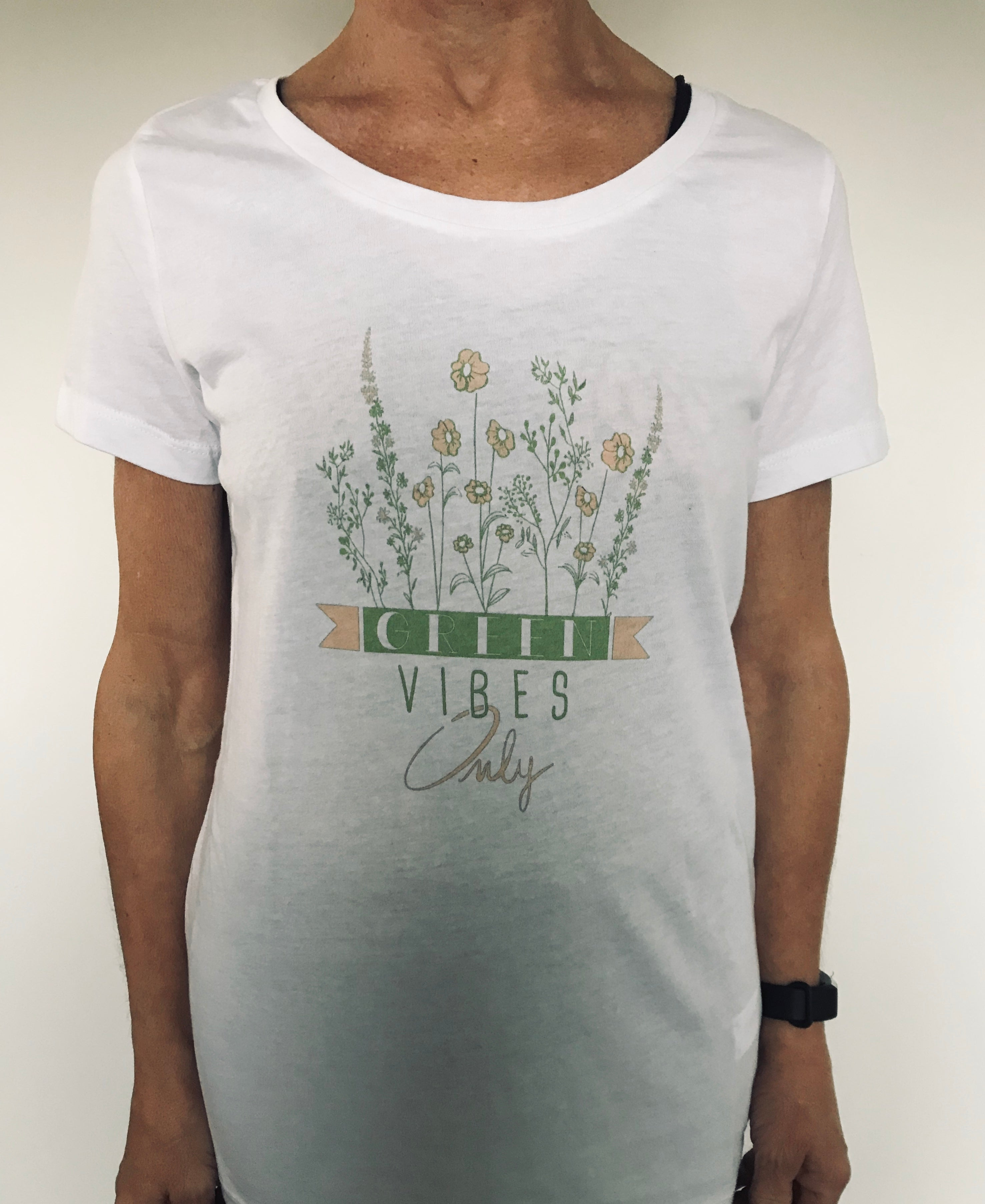 "T-SHIRT ""Green vibes only"""