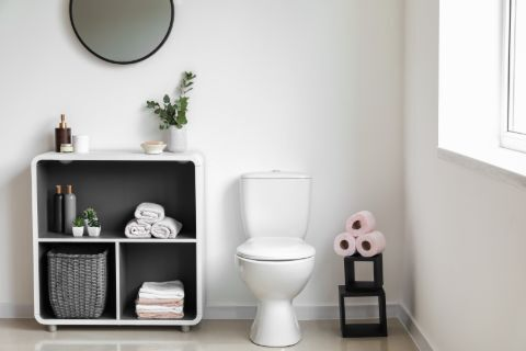Picture of a neatly organized bathroom