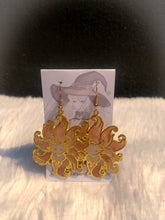 Load image into Gallery viewer, Ninetails Fox Earrings - Gold