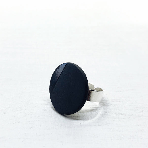 BLACKonBLACK – ring – zwart porselein – Ø30mm / Ø20mm / Ø16mm