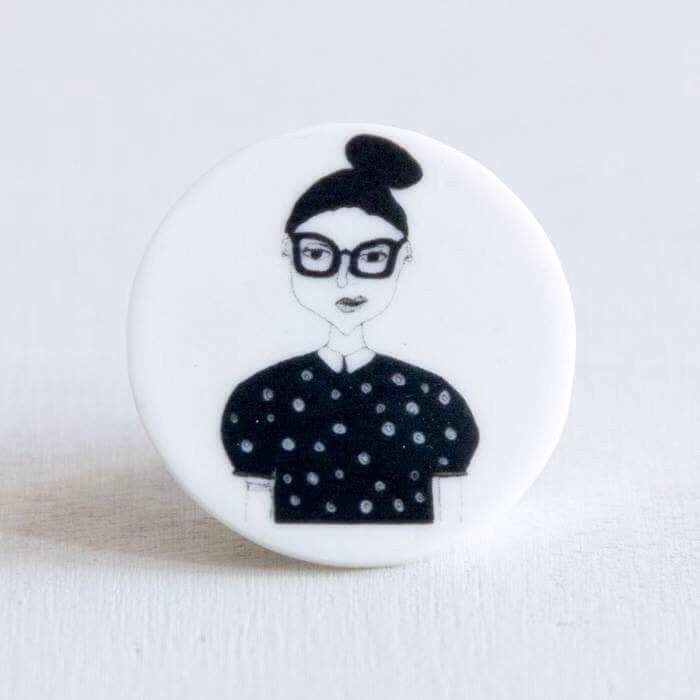 STORIES - broche - Tine  |  somethingsINSIDE x helenb  |  LAATSTE STUKS - limited edition