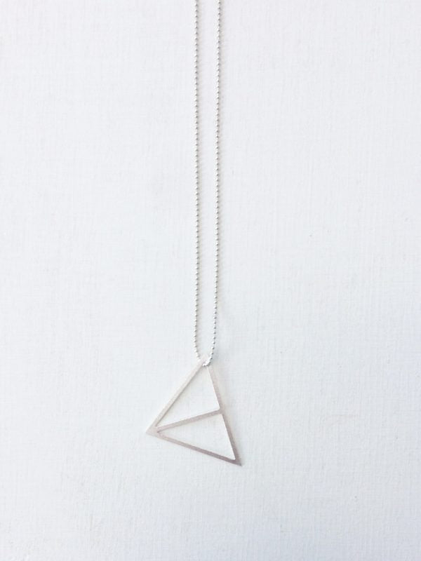 ° brass.LINE, halsketting * split triangle - silver