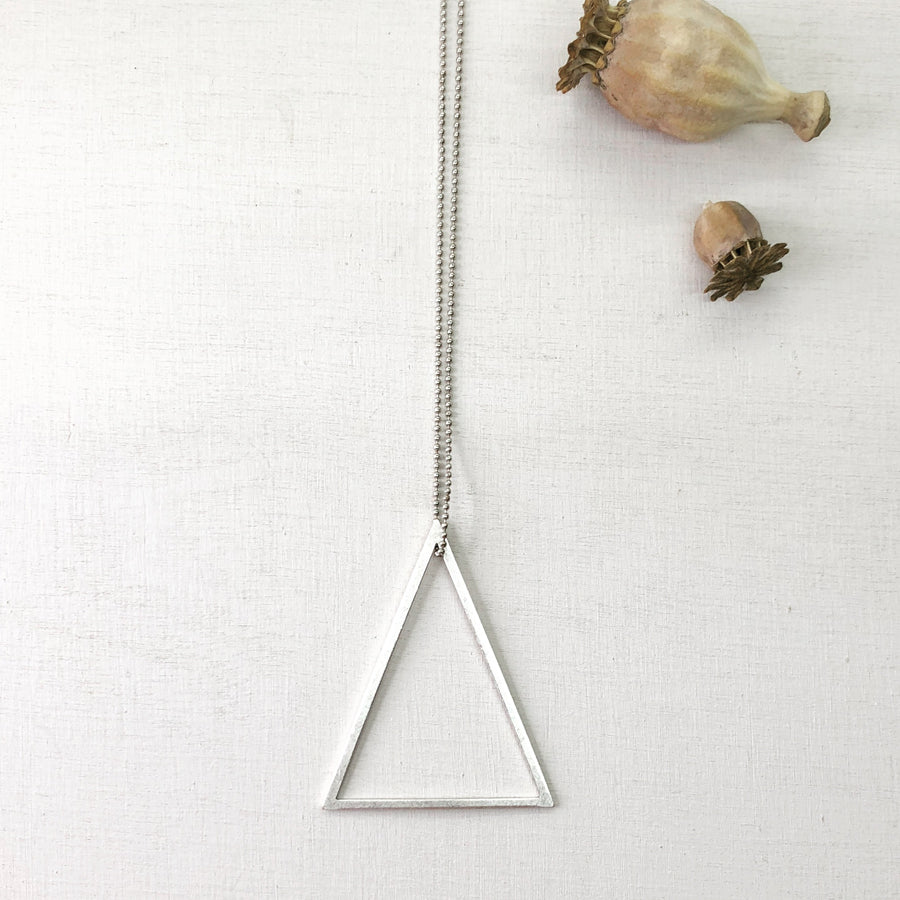 ° brass.LINE, halsketting - open triangle SILVER