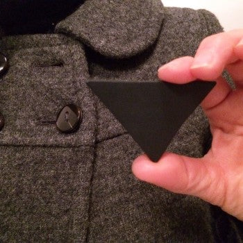 NOIR - broche - triangle, Ø60mmx40mm