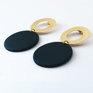 MULTIPLE 3.0 - oorbellen - circle.XL -  30mm porselein & 18kt verguld