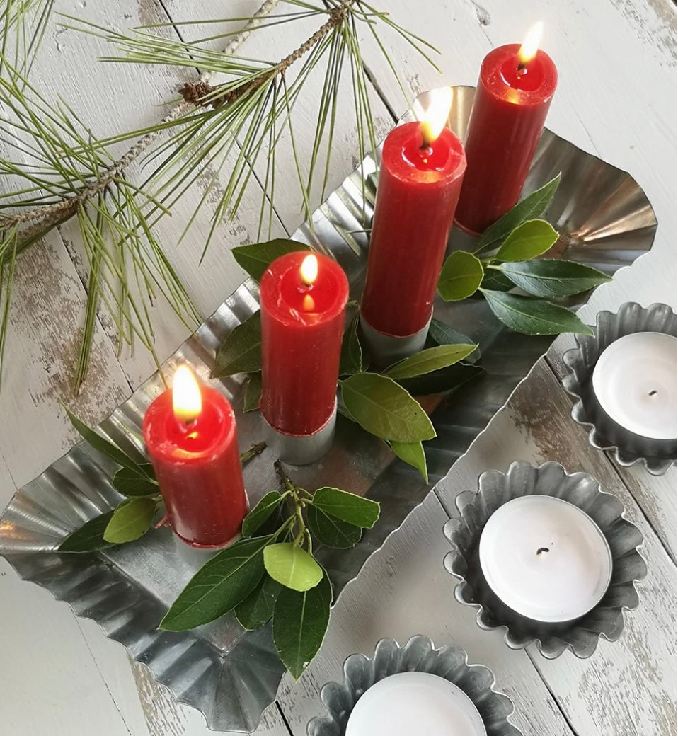 Zinc Metal Fluted Candle Holder Forage Style