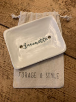 Ceramic Soap Dish HANDMADE ( 2 COLOURS)