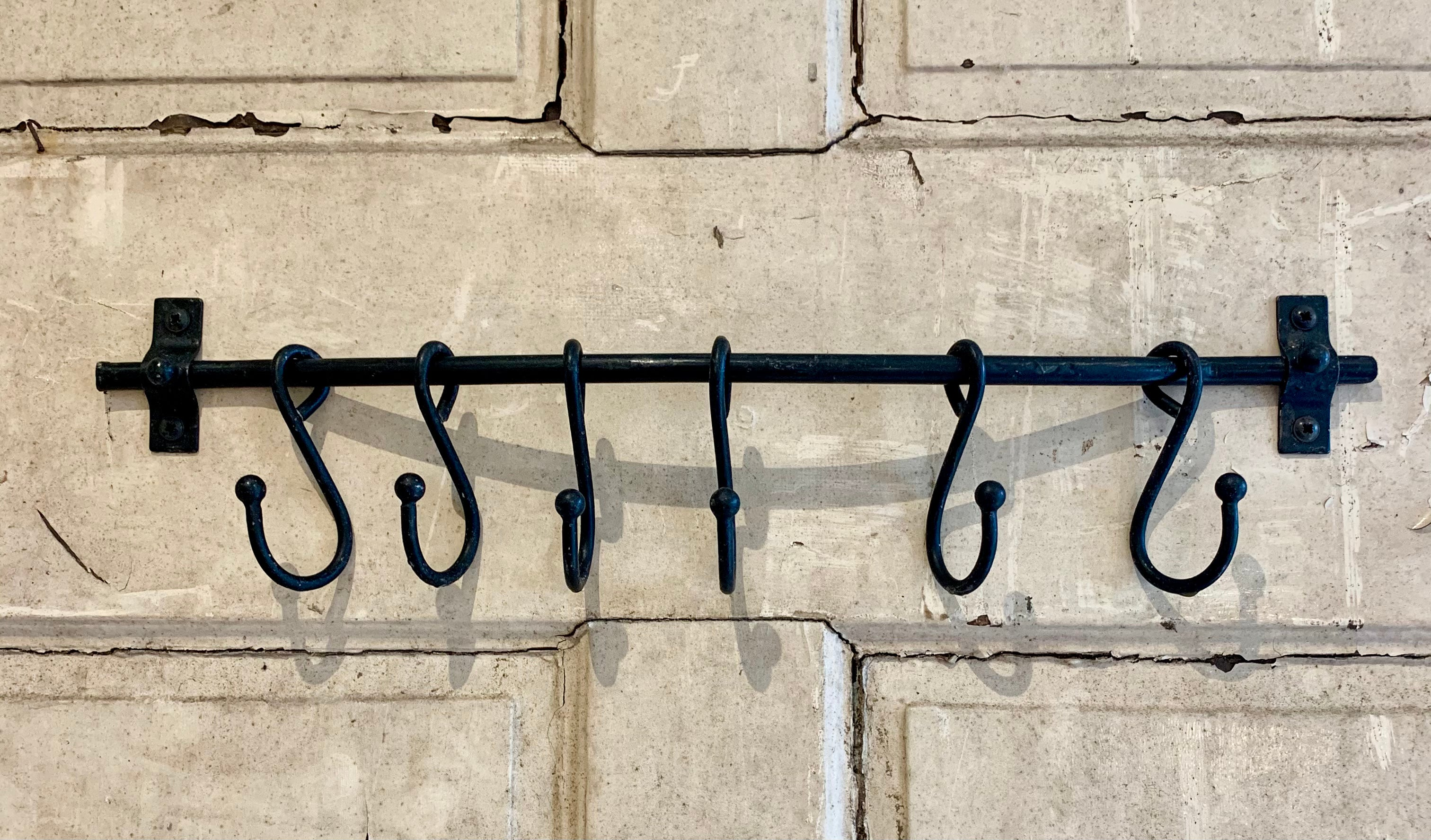 Black Beeswax Sliding Hook Rail with 6 HOOKS