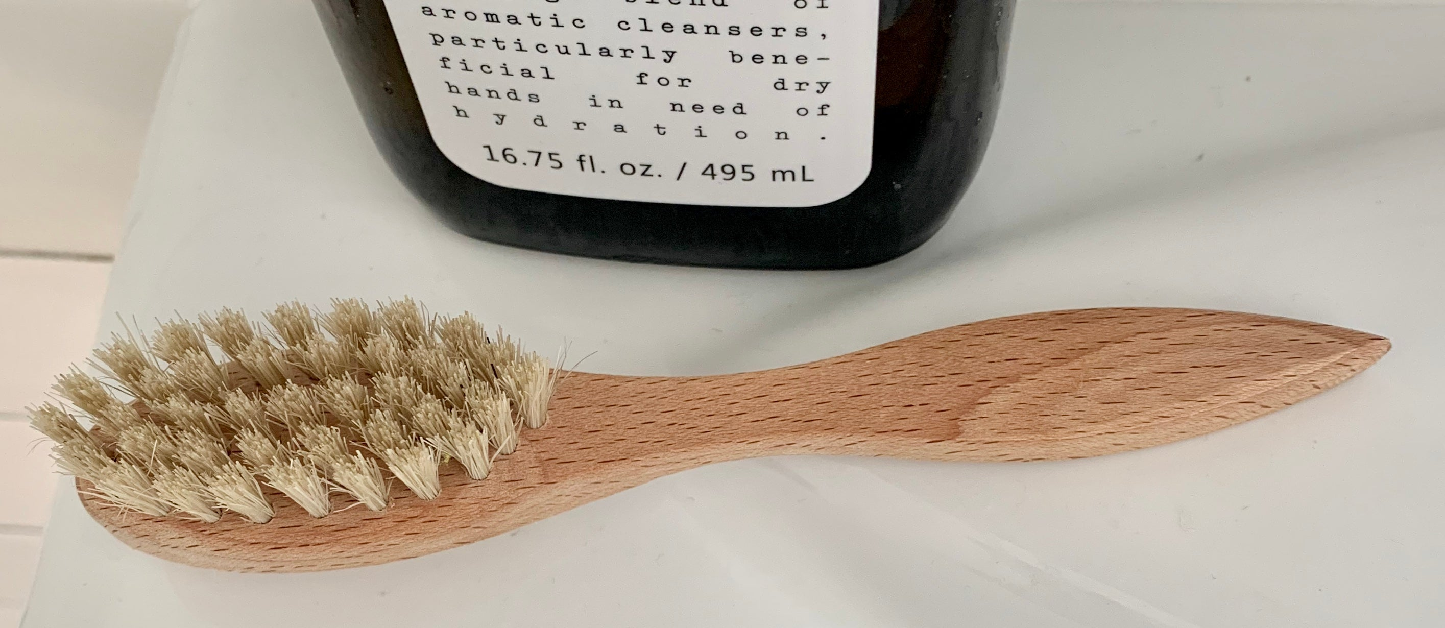 Nail Brush with Handle