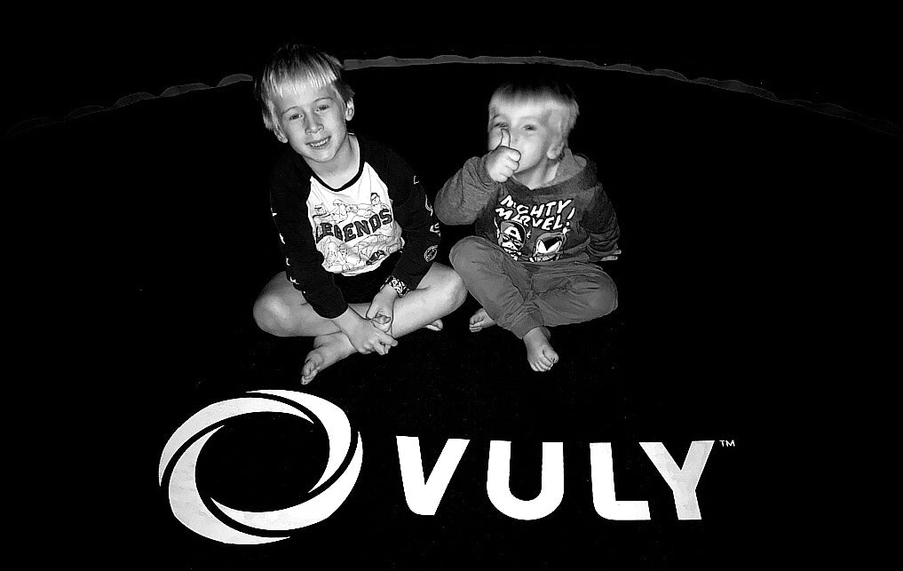 Brad Kearns Vuly Play Trampoline Giveaway DaDMum Blog Post