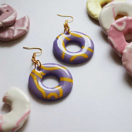Glossy Sugar Rings in 'Violet'